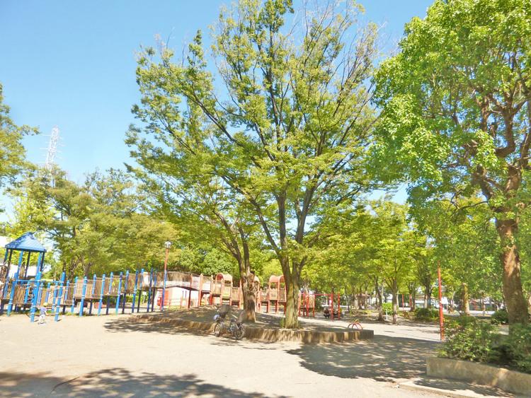 橘公園 距離550m