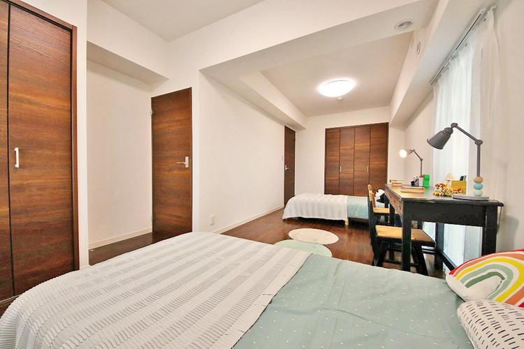 広々約10.6帖のお部屋は、インテリアを考える楽しみもありますね