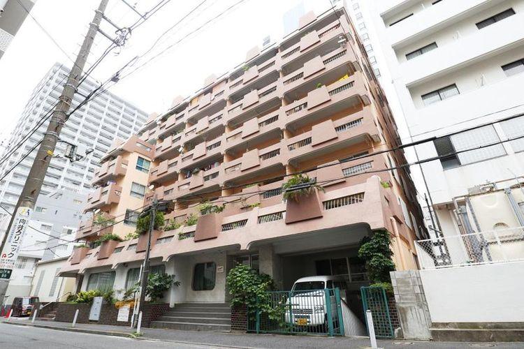 「外観写真」元町・中華街駅徒歩2分の好立地。横浜まで3分、渋谷まで35分と交通アクセス良好です。
