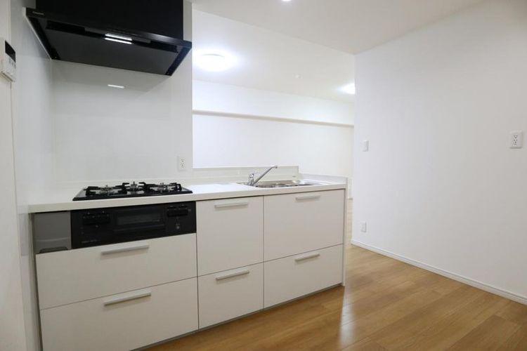 「キッチン」白を基調とした清潔感溢れるキッチン