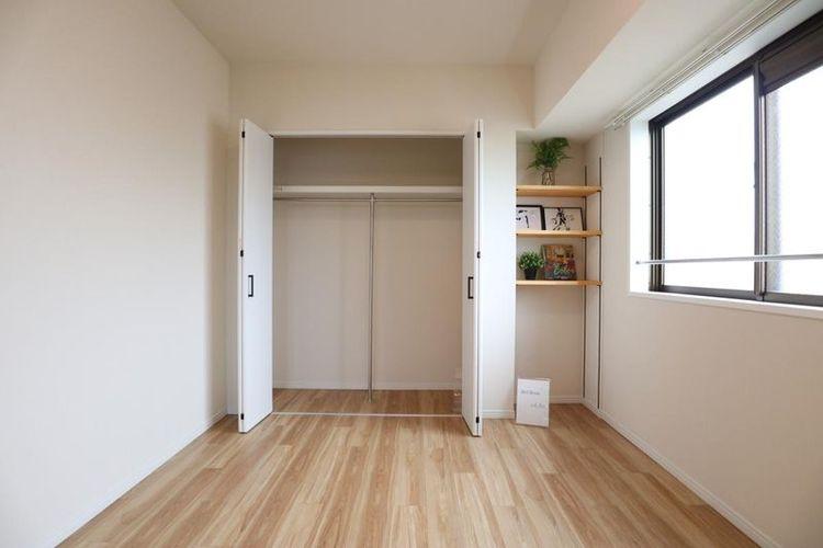 「洋室」収納が充実した快適空間