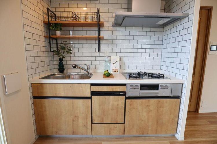 「キッチン」浄水器・食洗機付きシステムキッチンで、毎日のお料理を楽しく快適に。