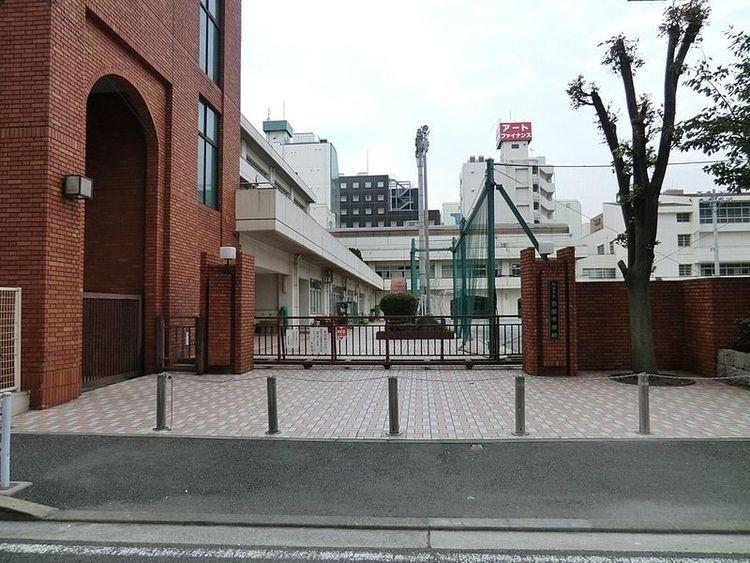 横浜市横浜吉田中学校 徒歩17分 1300m