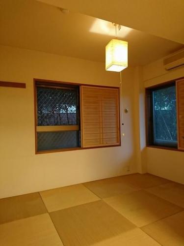 プリムローズ横浜藤棚の画像