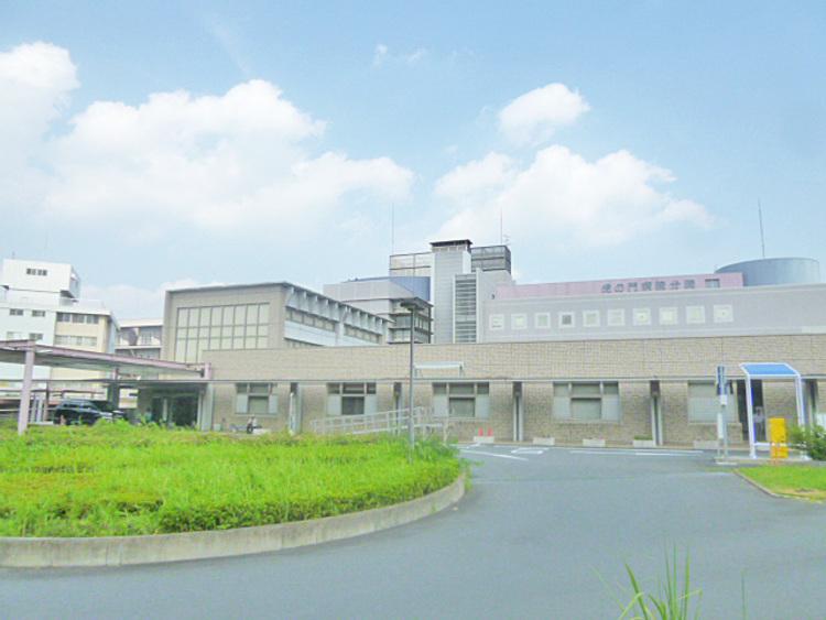 虎の門病院分院 距離1400m