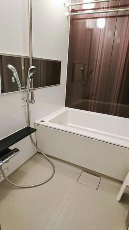 浴室乾燥機&追い焚き機能付で、いつでも快適なバスタイムをお楽しみいただけます。