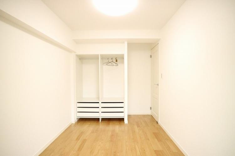 各部屋を最大限に広く使って頂ける様、収納スペース付。プライベートルームはゆったりと快適に。