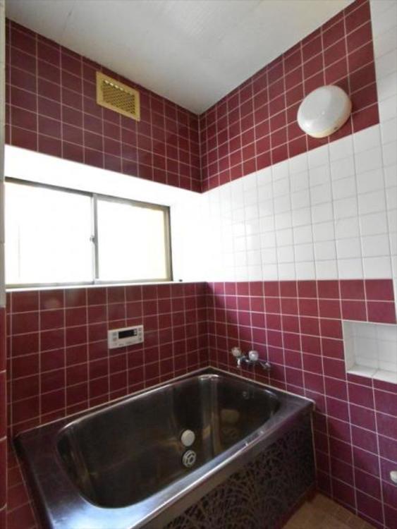 ゆったりくつろげる浴室