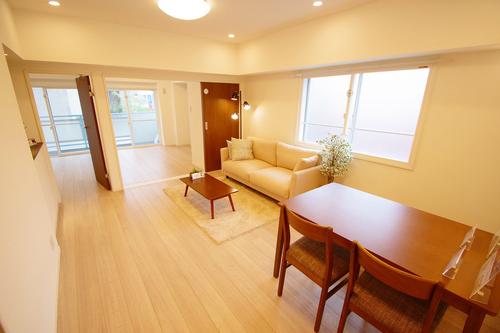 世田谷国際マンションの物件画像