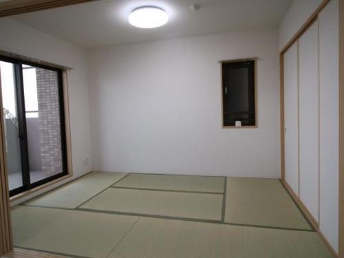 イトーピア川口元郷 中古マンションの画像