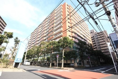 シャンボール三田の画像