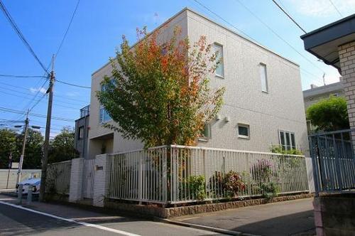 【中古一戸建て】東京都新宿区西落合4丁目の画像