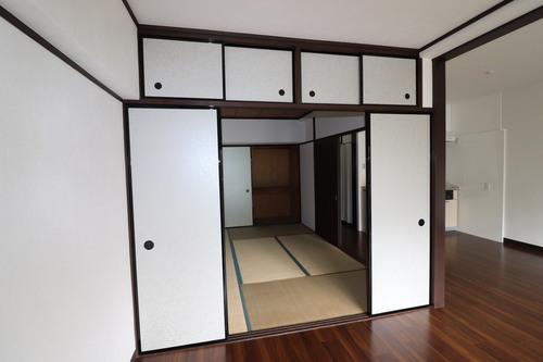 昭和住宅 弐号棟の物件画像