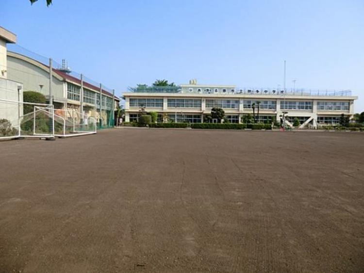 秋多中学校 1299m
