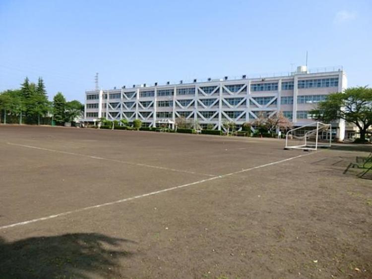 東中学校 1756m