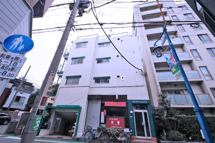 最寄の二子玉川駅は東急田園都市線・東急大井町線の2路線利用可能