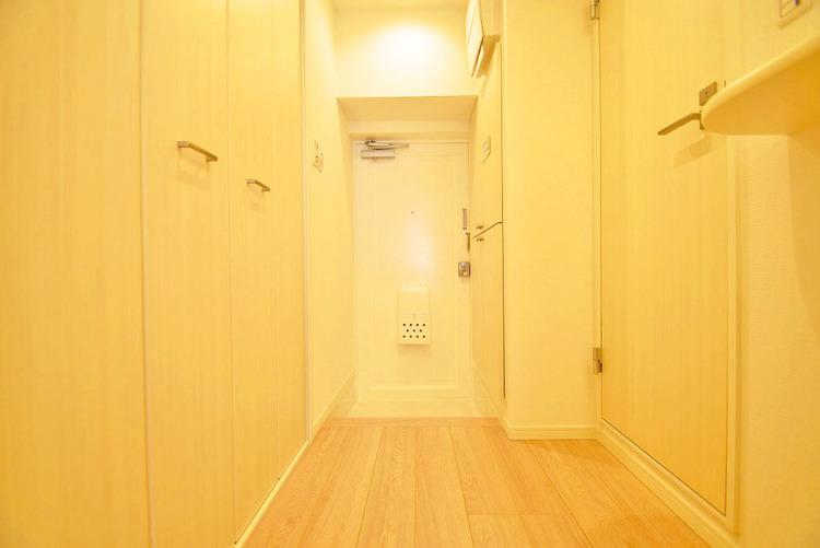 明るく優しい雰囲気の玄関