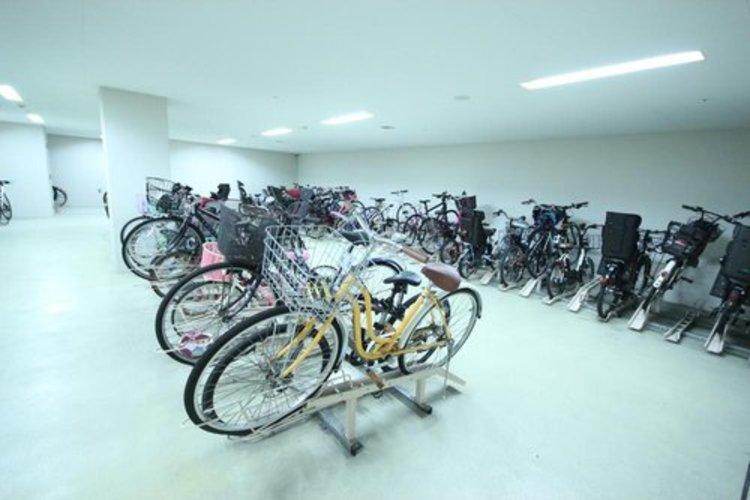 ファミリー向けマンションには必須の駐輪スペース。