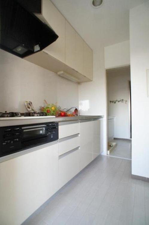 2Wキッチンなので、キッチンを中心に家事をこなすことができます。