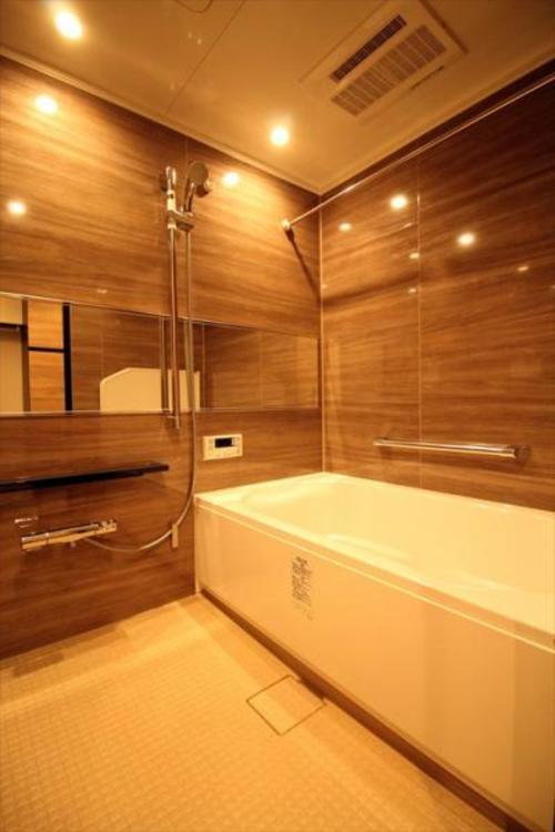 換気感想暖房機を完備、いつでも温かなお風呂に入れます