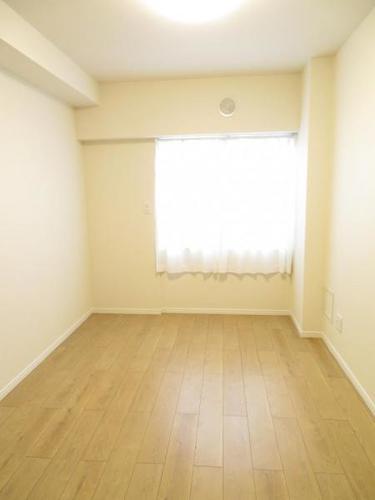 最上階角部屋! グリーンコーポ五香の画像