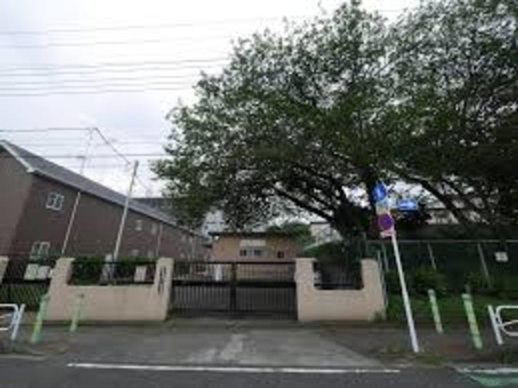 八王子市立浅川小学校まで1015m
