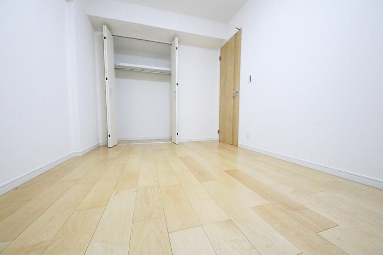 洋室約6.3帖 収納スペース有