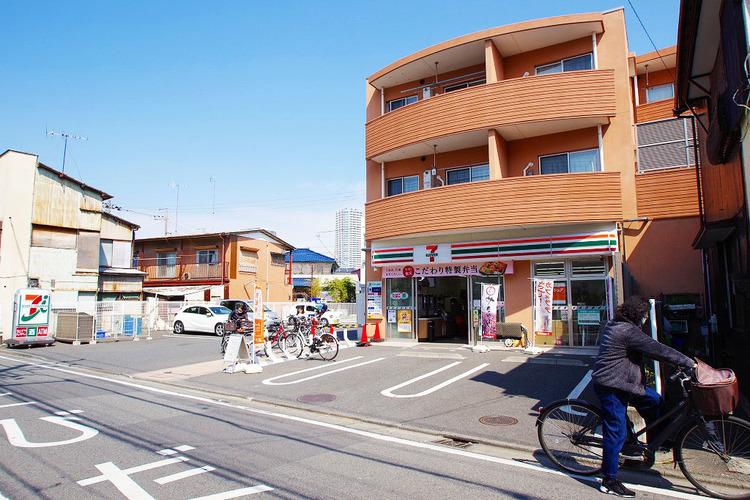 セブンイレブン 川崎高津諏訪店 距離700m