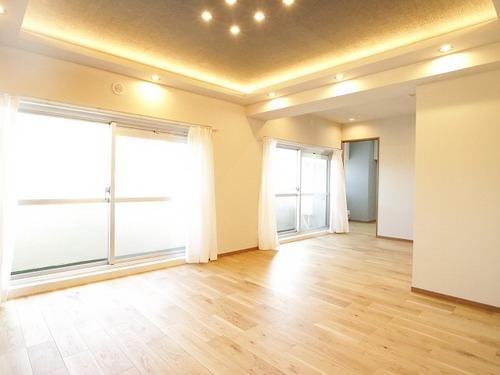 『上馬ハイホーム』専有面積100㎡超の広々3LDK♪~14階の最上階・角部屋~の物件画像