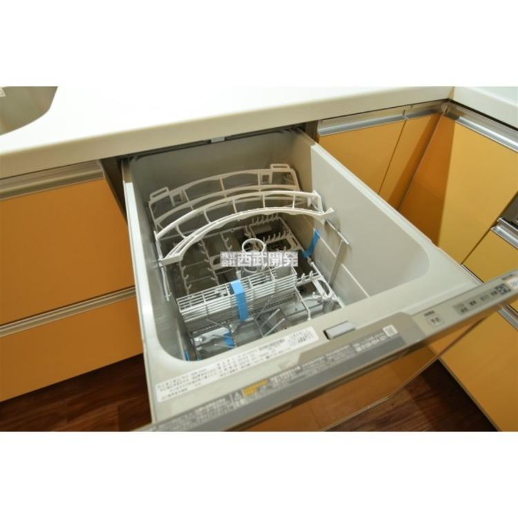 ビルトイン食洗機を装備!家事の時間短縮や手荒れ対策、さらに節水効果も期待できる優れもの!