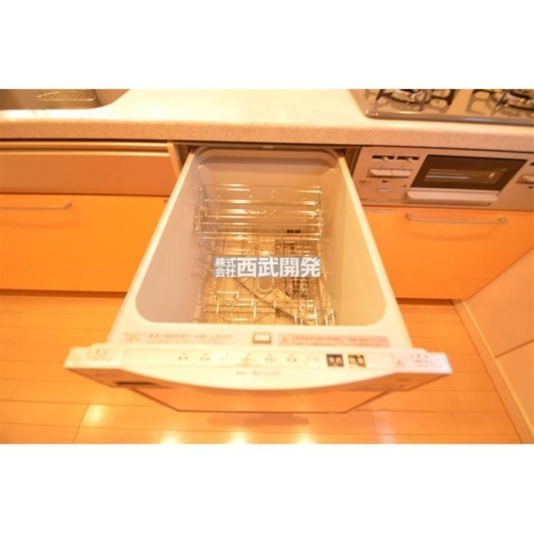 ビルトイン食洗機を標準搭載!洗い物は毎日のこと、あれば何かと便利です!