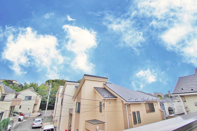 周囲も低層住宅なので、眺望・日当たり・住環境も良好