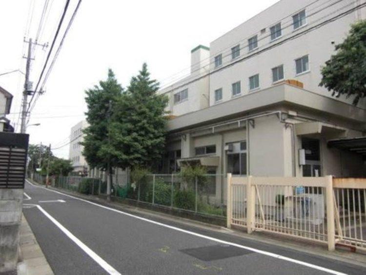 世田谷区立駒沢中学校まで960m。社会を構成し運営するとともに、自立した一人の人間として力強く生きていくための総合的な力のことです。次のような要素を総合的にバランスよく高めることが、人間力を高めます。