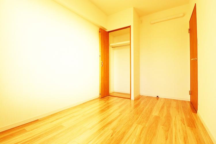 洋室約5.0帖 収納スペース有