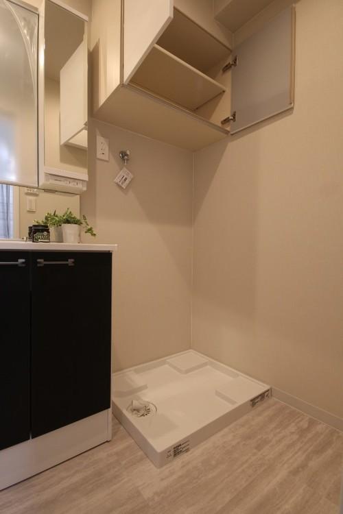 継ぎ目や隙間のない一体型カウンターは拭くだけ。お掃除しやすいです