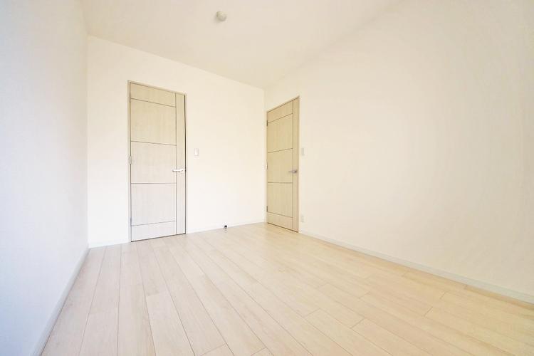 各居室に収納スペースを設け荷物が多い方にも安心です