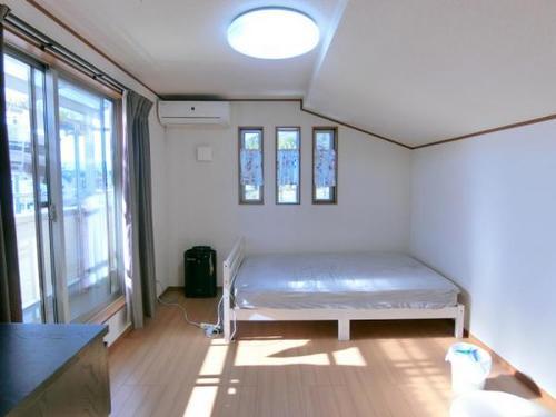 南側ひな壇の為陽当たりがとても良く全居室に明るい光が差し込みます♪の画像