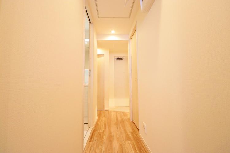 玄関からお部屋が見えにくい構造になっています