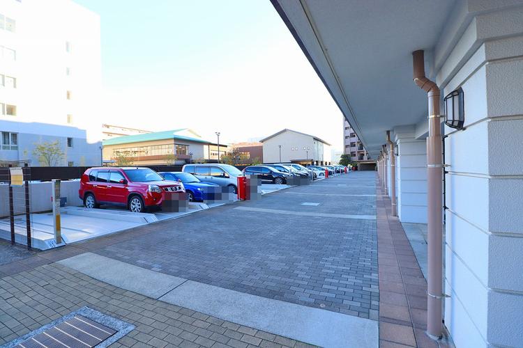 1住戸につき1台駐車場確保:1000〜10000円/月