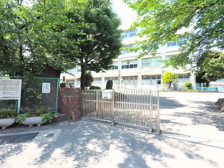 横浜市立樽町中学校 距離280m