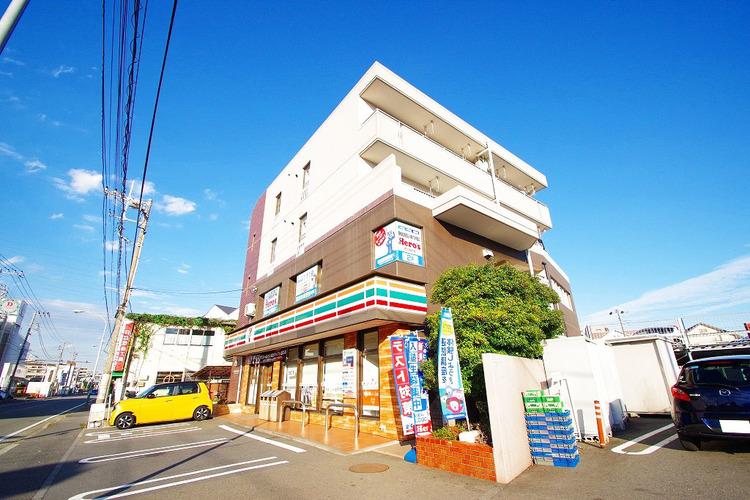セブンイレブン 横浜樽町店 距離1100m