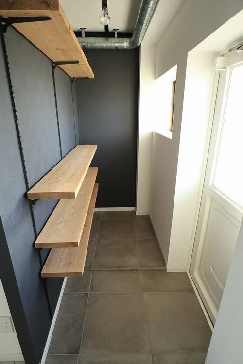 玄関が広く確保されていて、多目的な空間です