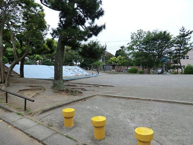 片瀬山西公園 徒歩8分 600m