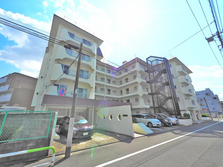 〜人気の東急田園都市線「用賀」駅徒歩8分の好立地〜