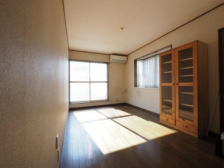 全洋室6帖以上の2面採光。どのお部屋もとても陽当りが良く明るいです。