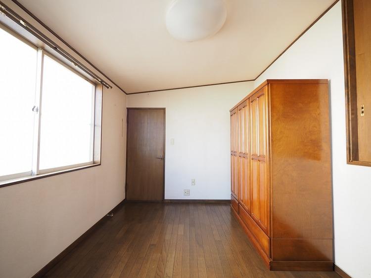 一つ屋根の下にそれぞれの暮らしがある。お部屋ぐらいは自分の価値観で自由にしたい。