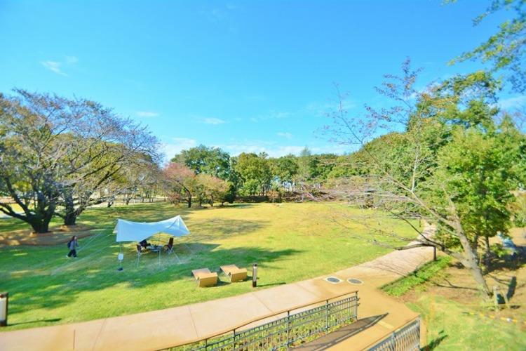鶴間公園 距離約960m