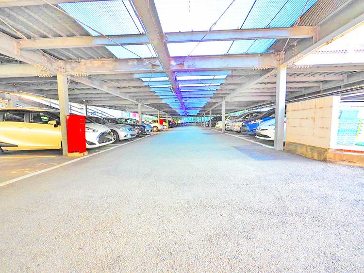 駐車場(空き状況・金額は要確認)