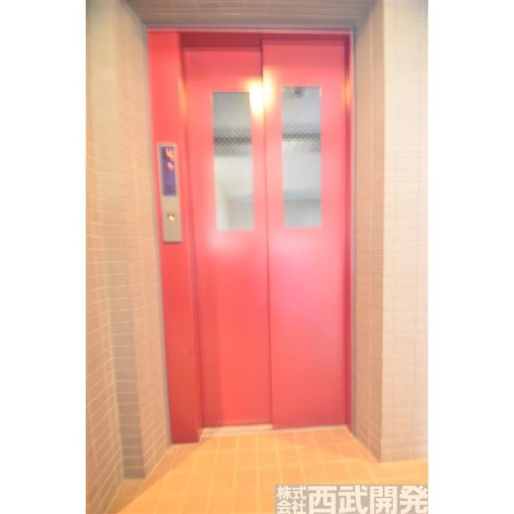 マンション内のエレベーターです。