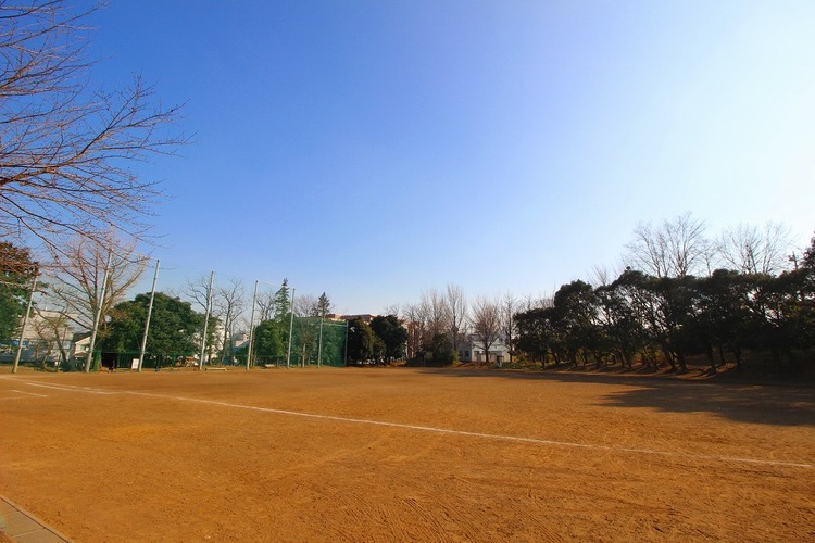 宮崎第一公園 距離160m